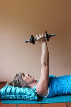 serratus anterior exercises (a) 3; p92